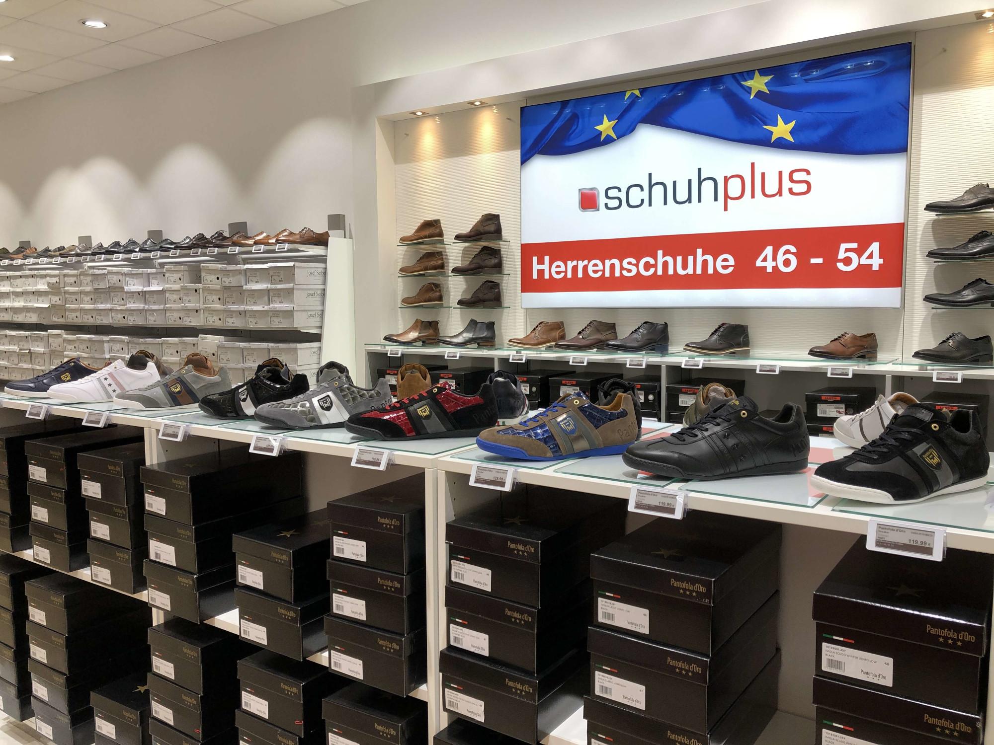 Herrenschuhe Übergröße bei schuhplus in Kaltenkirchen im